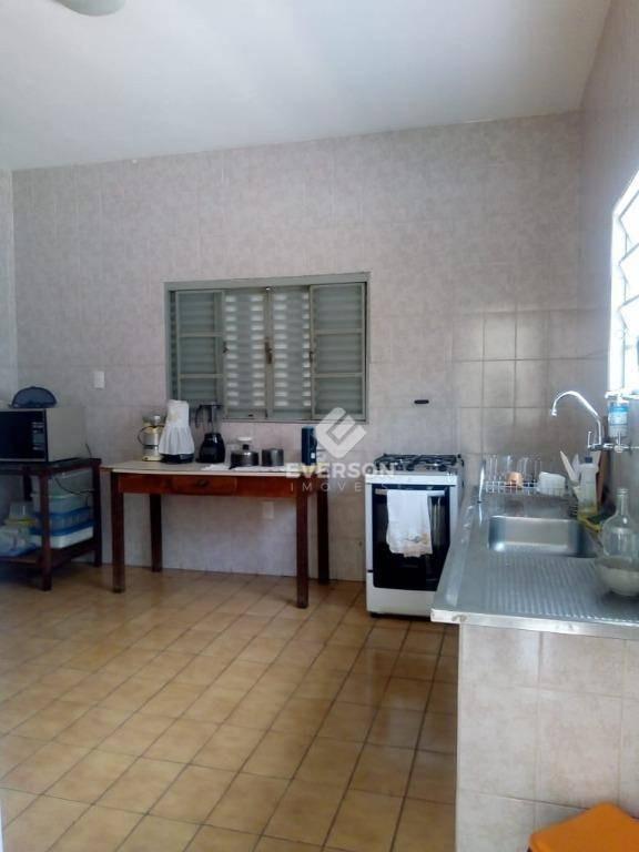 casa com 4 dormitórios para alugar, 239 m² por r$ 2.000/mês - jardim claret - rio claro/sp - ca1051