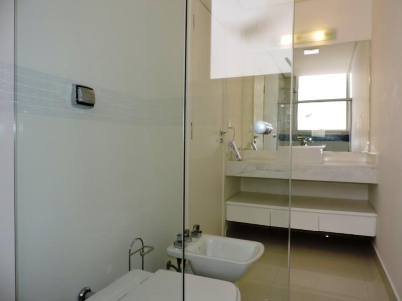 casa com 4 dormitórios suítes à venda, 613 m² por r$ 1.950.000 - golf village - carapicuíba/sp - ca1331