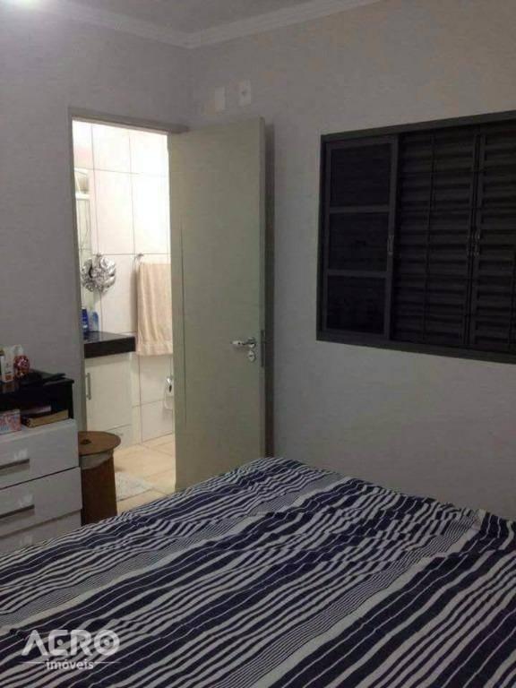 casa com 4 dormitórios à venda, 200 m² por r$ 290.000 - centro - bauru/sp - ca1709