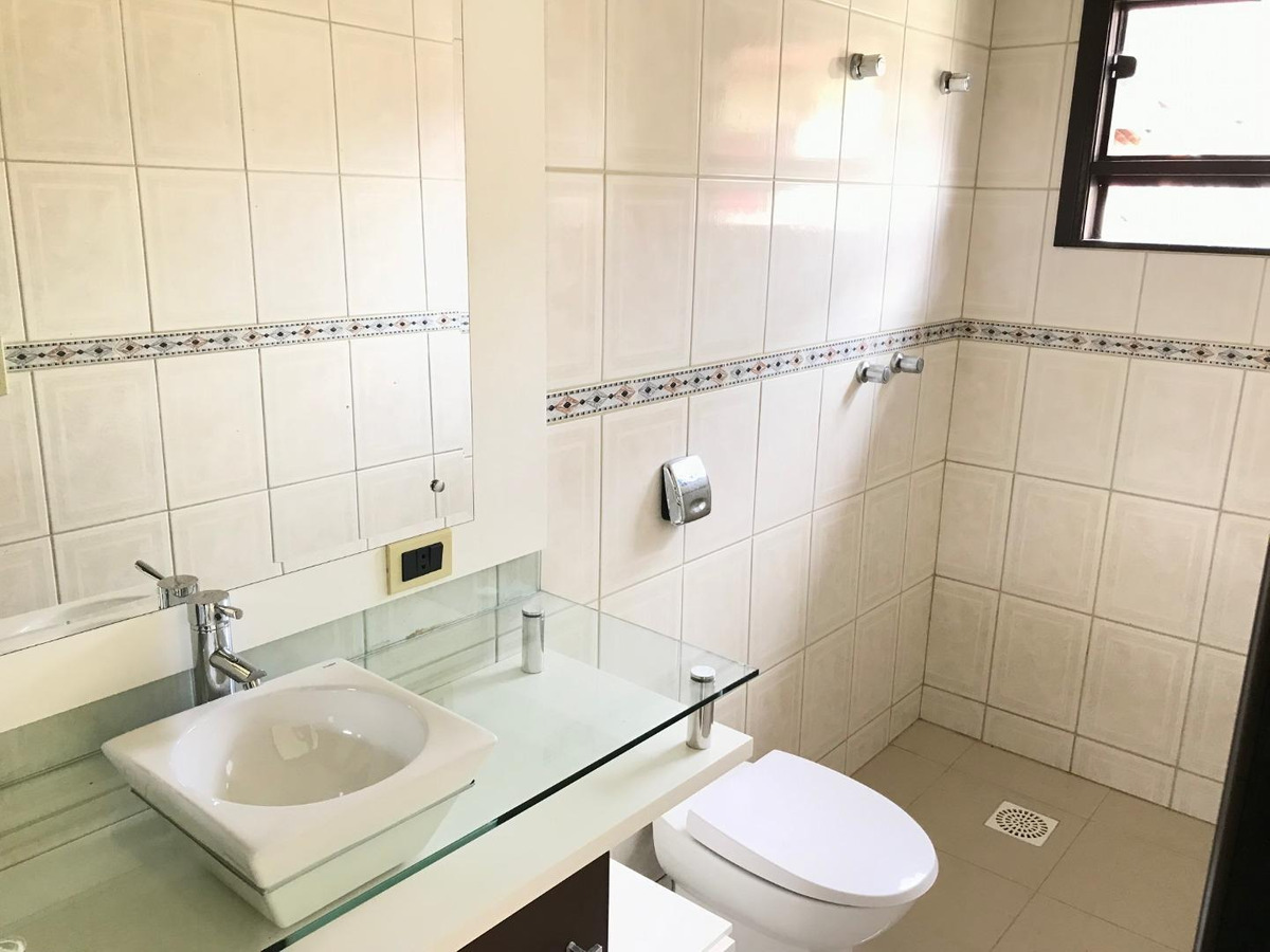 casa com 4 dormitórios à venda, 242 m² por r$ 1.200.000 - garcia - blumenau/sc - ca0955