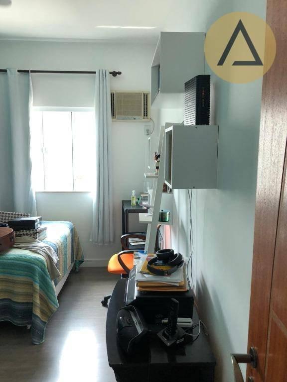casa com 4 dormitórios à venda, 247 m² por r$ 790.000,00 - vale dos cristais - macaé/rj - ca1072