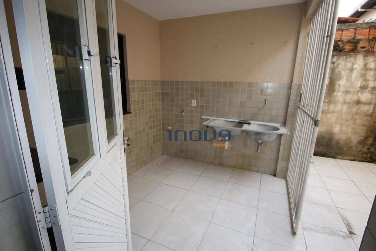 casa com 4 dormitórios à venda, 360 m² por r$ 650.000,00 - prefeito josé walter - fortaleza/ce - ca0637