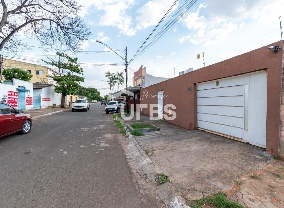casa com 4 dormitórios à venda, 370 m² por r$ 680.000,00 - jardim américa - goiânia/go - ca0645