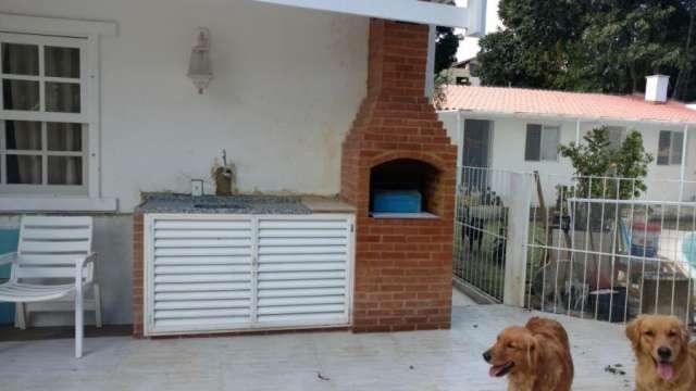 casa com 4 dormitórios à venda condomínio jardim camboatá , 160 m² por r$ 1.400.000 - camboinhas - niterói/rj - ca0712