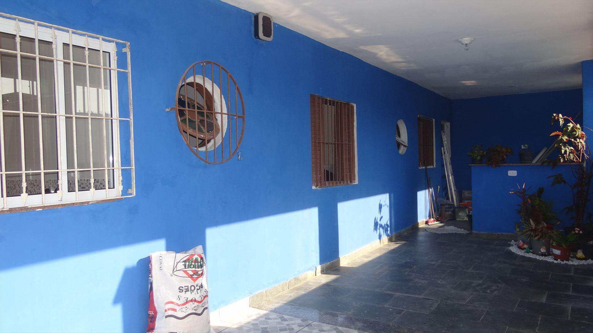 casa com 4 dorms, balneário jussara, mongaguá - r$ 275 mil, cod: 5705 - v5705