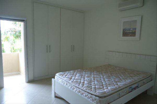 casa com 4 dorms, recanto lagoinha, ubatuba - r$ 1.7 mi, cod: 585 - v585