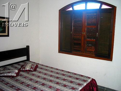 casa com 4 quartos e piscina, próxima da praia em itanhaém.