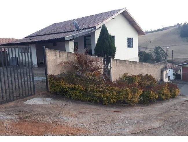 casa com 4 quartos para comprar no campestrinho em divinolândia/sp - 2784
