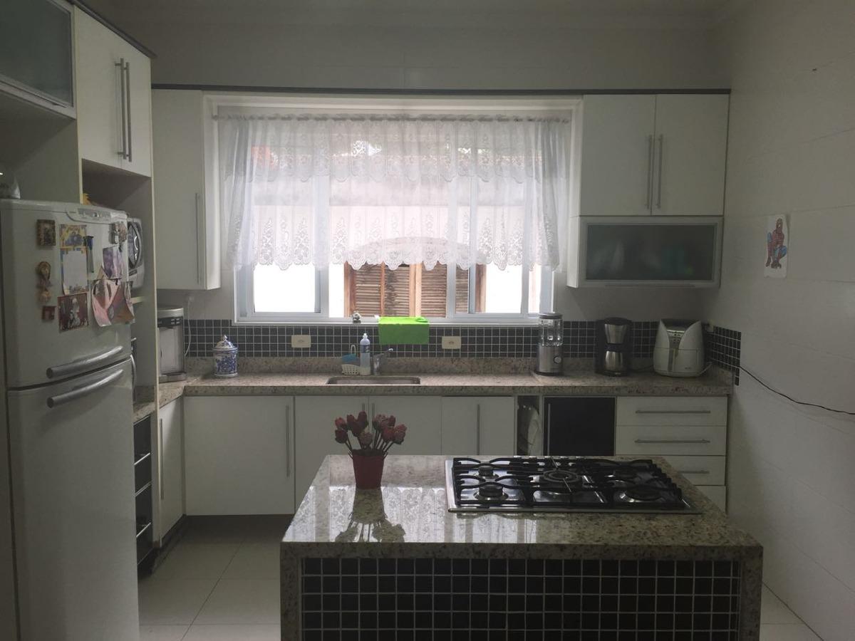casa com 4 quartos - piscina e churrasqueira - 1131