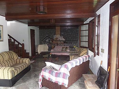 casa com 4 quartos, sendo 1 suíte com vista da praia e lagoa