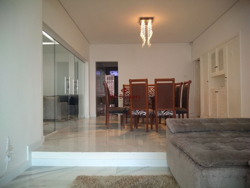 casa com 440 m² a venda - excelente localização e ótimo acabamento, próximo a praça cairo e fácil acesso a avenida do contorno - 15939