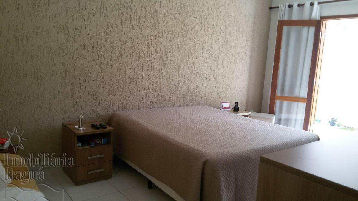 casa com 6 dorms, jardim santana, tremembé - r$ 950.000,00, 0m² - codigo: cap007 - vcap007