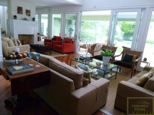 casa com 600 m, em 900 metros, 4 dormitórios, 4 suítes, 4 vagas, tamboré/barueri-r$3.890.000,00 - eb83369