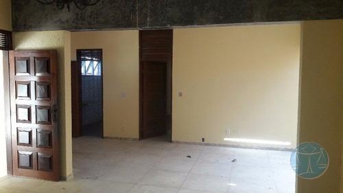 casa com 7 quartos em tirol - l-3673