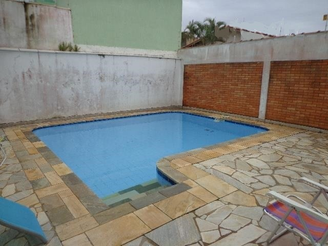 casa com bela piscina e garagem ampla - itanhaém