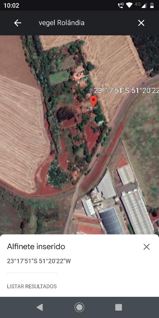 casa com duas suítes pomar formado área de plantio.area com