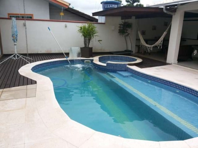 casa com piscina - 380m