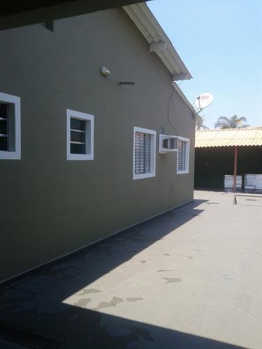 casa com piscina a 50 metros da praia locação para familia