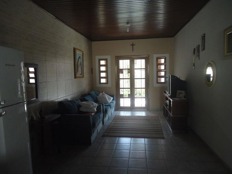casa com piscina a 600 metros da praia - ref. 284 jd. regina