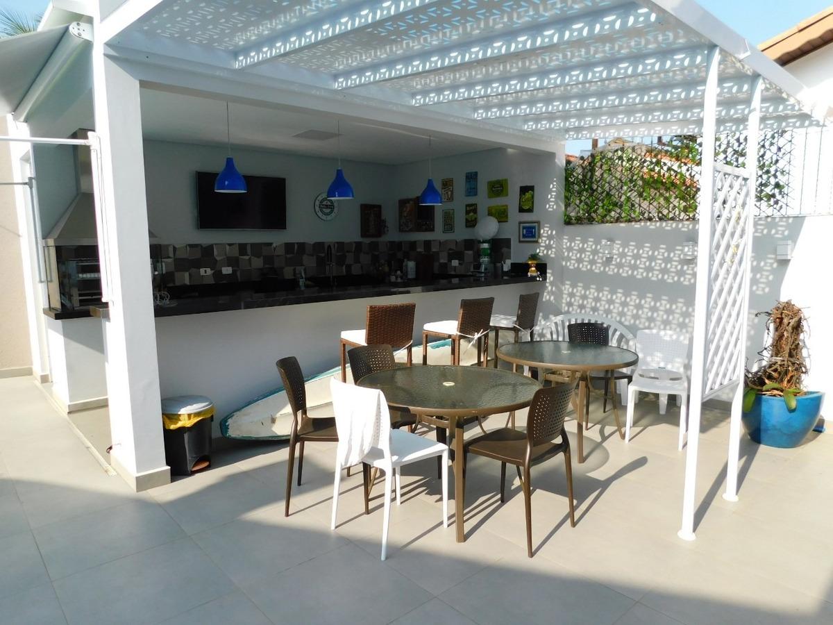 casa com piscina a venda na praia de peruíbe