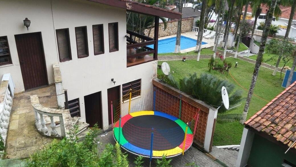 casa com piscina aquecida,sauna,hidro massagem,ar cond,jogos