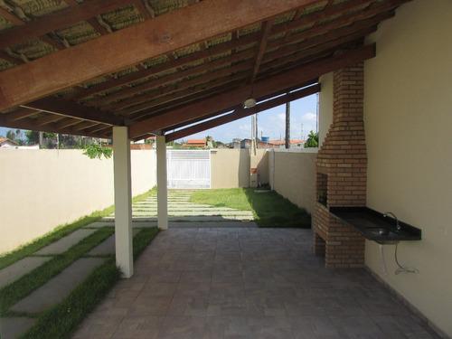 casa com piscina, churrasqueira e suíte em itanhaém.