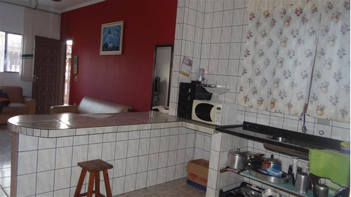 casa com piscina e edicula nos fundos mongaguá c5476