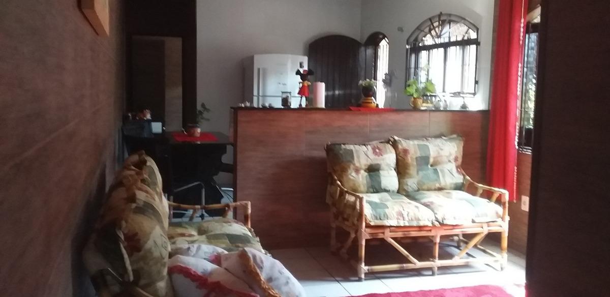 casa com piscina em mongaguá!!