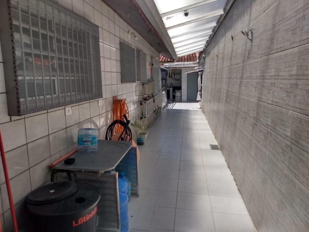casa com piscina em mongaguá aproveite!!!!