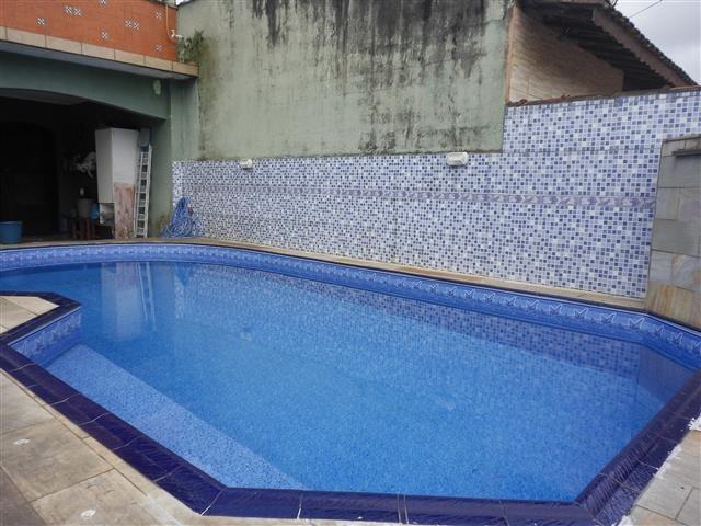 casa com piscina em mongaguá - c5158