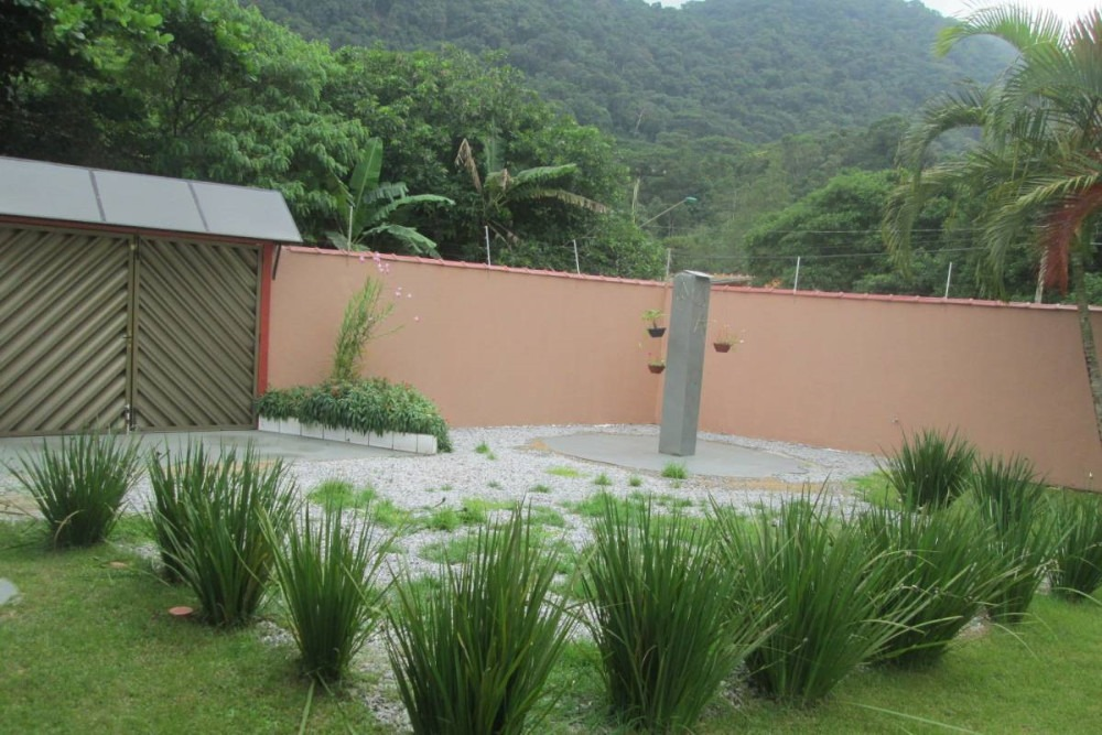 casa com piscina em peruíbe venda ou permuta