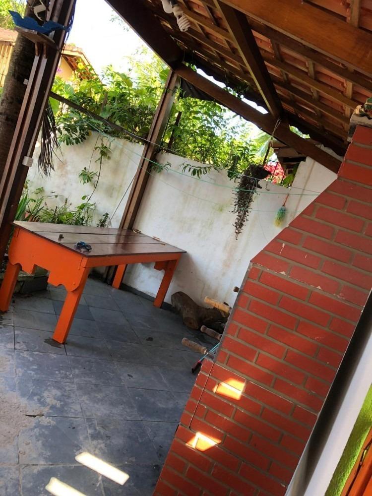 casa com piscina lote inteiro em itanhaém