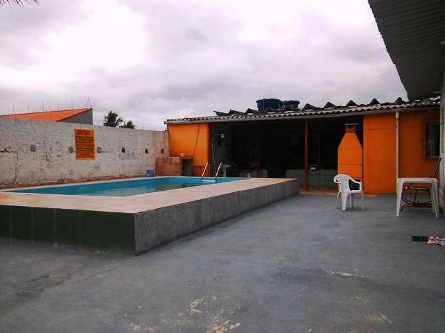 casa com piscina na praia, 3 dorm, centro comercial, docs ok