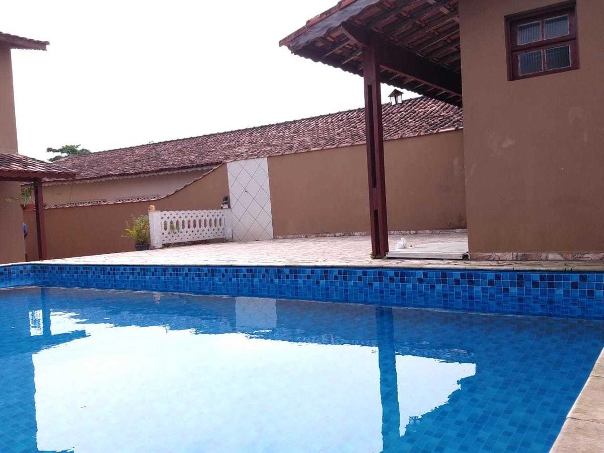 casa com piscina na praia de mongaguá ref: 7744 c