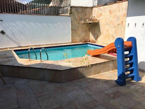 casa com piscina no canto do forte - ca0040