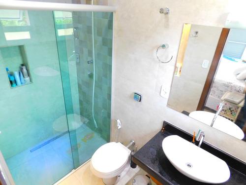 casa com piscina no condomínio são luiz à venda.
