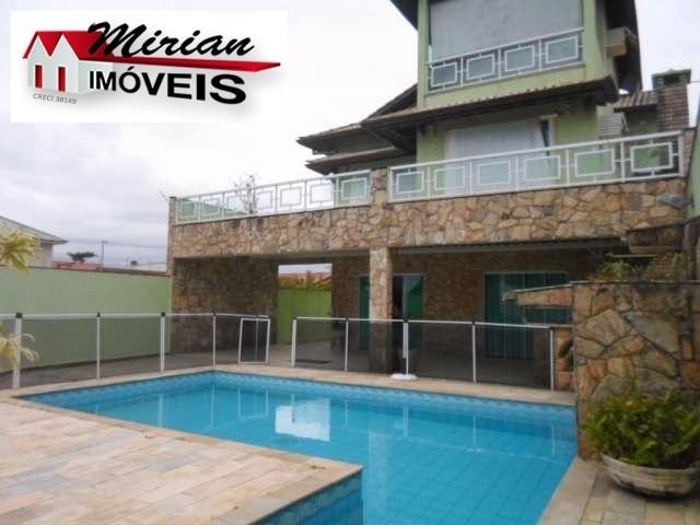 casa com piscina para venda no bairro ribamar em peruibe com 5 dormitórios sendo 5 suítes, 2 salas, 5 banheiros, lavabo, 3 vagas sala de jantar, sala - ca00932 - 31910467