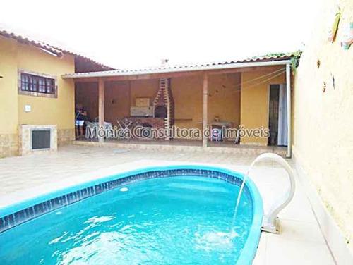 casa com piscina perto do posto de saúde, creche, praia .