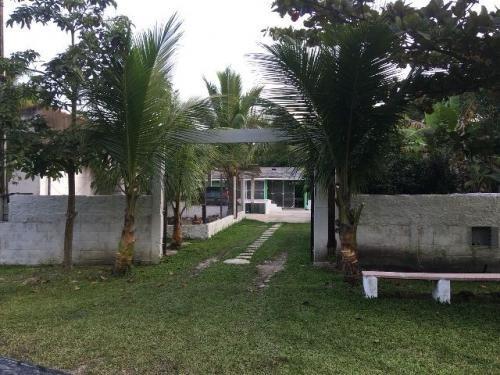 casa com piscina, praia de itanhaém, lote 415 metros.