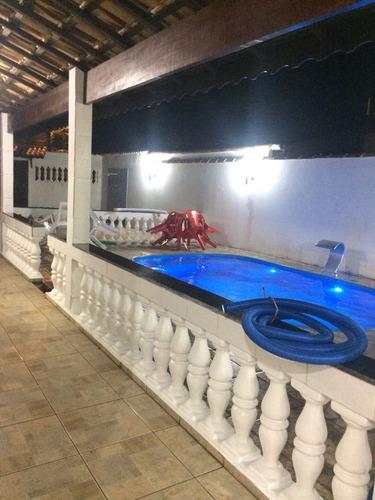 casa com piscina próximo a praia 2 dormitórios em itanhaém