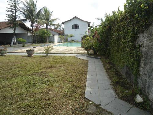 casa com piscina ref. 212