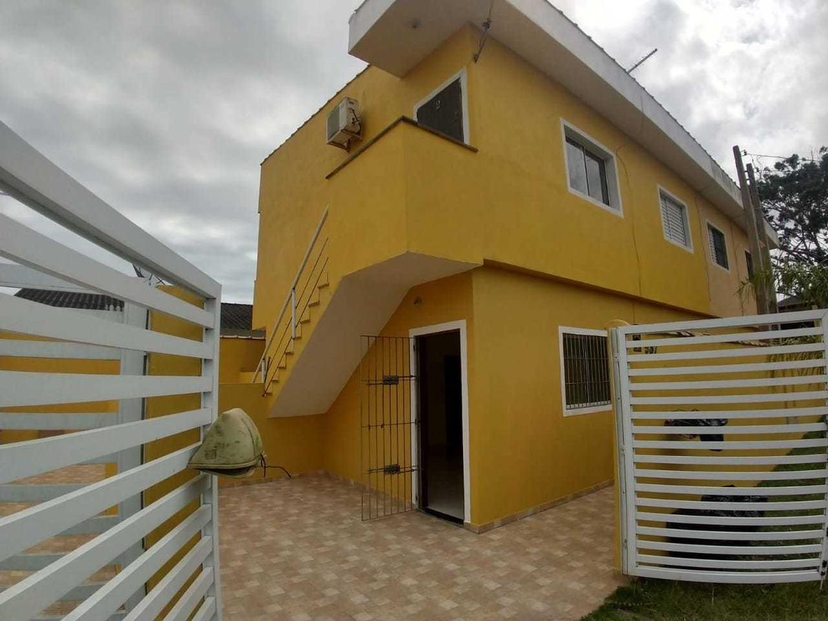 casa com quintal, lado praia em itanhaém litoral sul de sp!