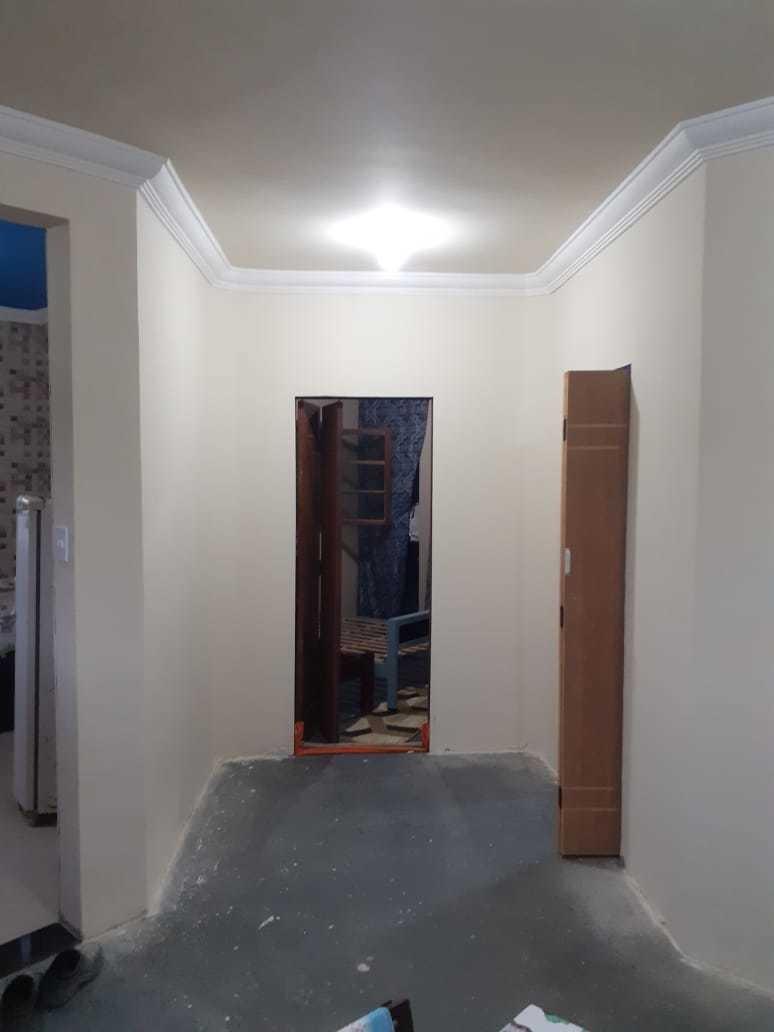 casa com sala cozinha banheiro 2 quartos negociável