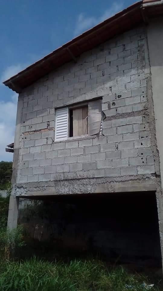 casa com terreno de 500mtrs