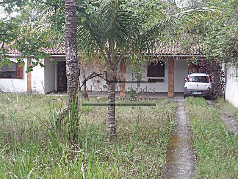 casa com terreno de 900 m² indo para a praia a pé em maricá.