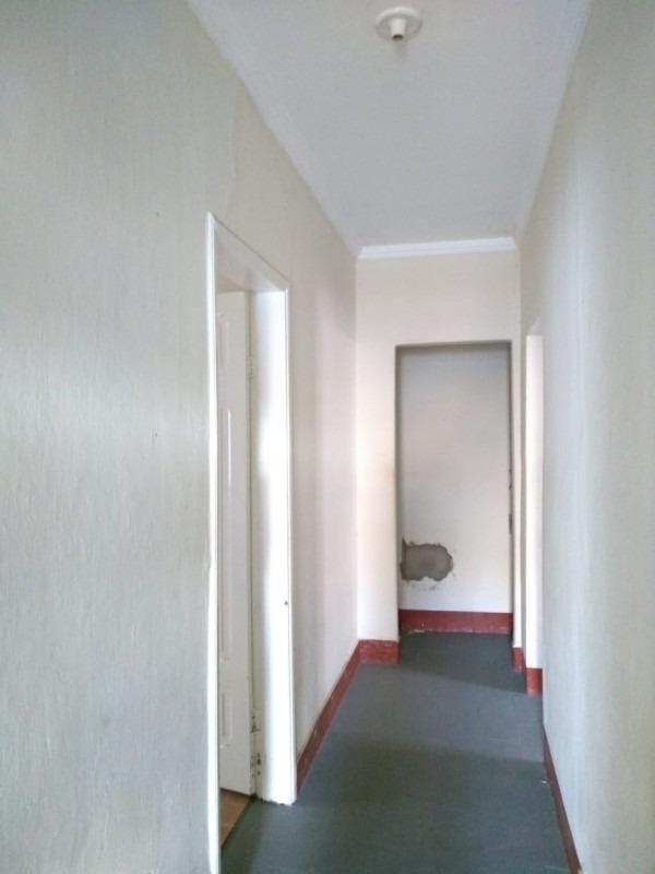 casa comercial para locação anual no centro em montes claros - cas05