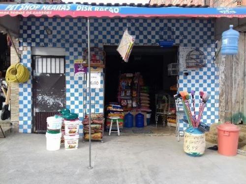 casa + comércio em local de moradores, na praia!