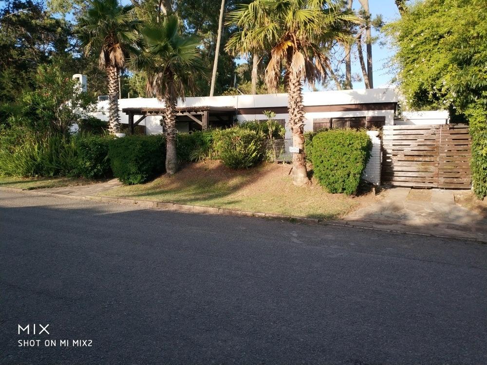 casa cómoda y bien equipada a 4 cuadras de la playa