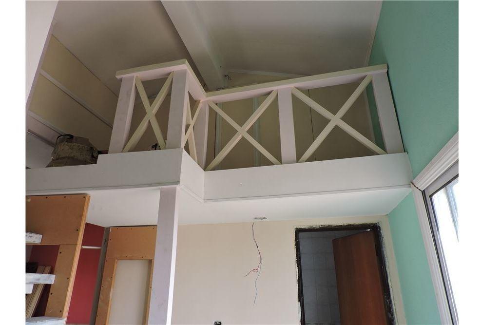 casa con 2 departamento  multifamiliar venta tesei