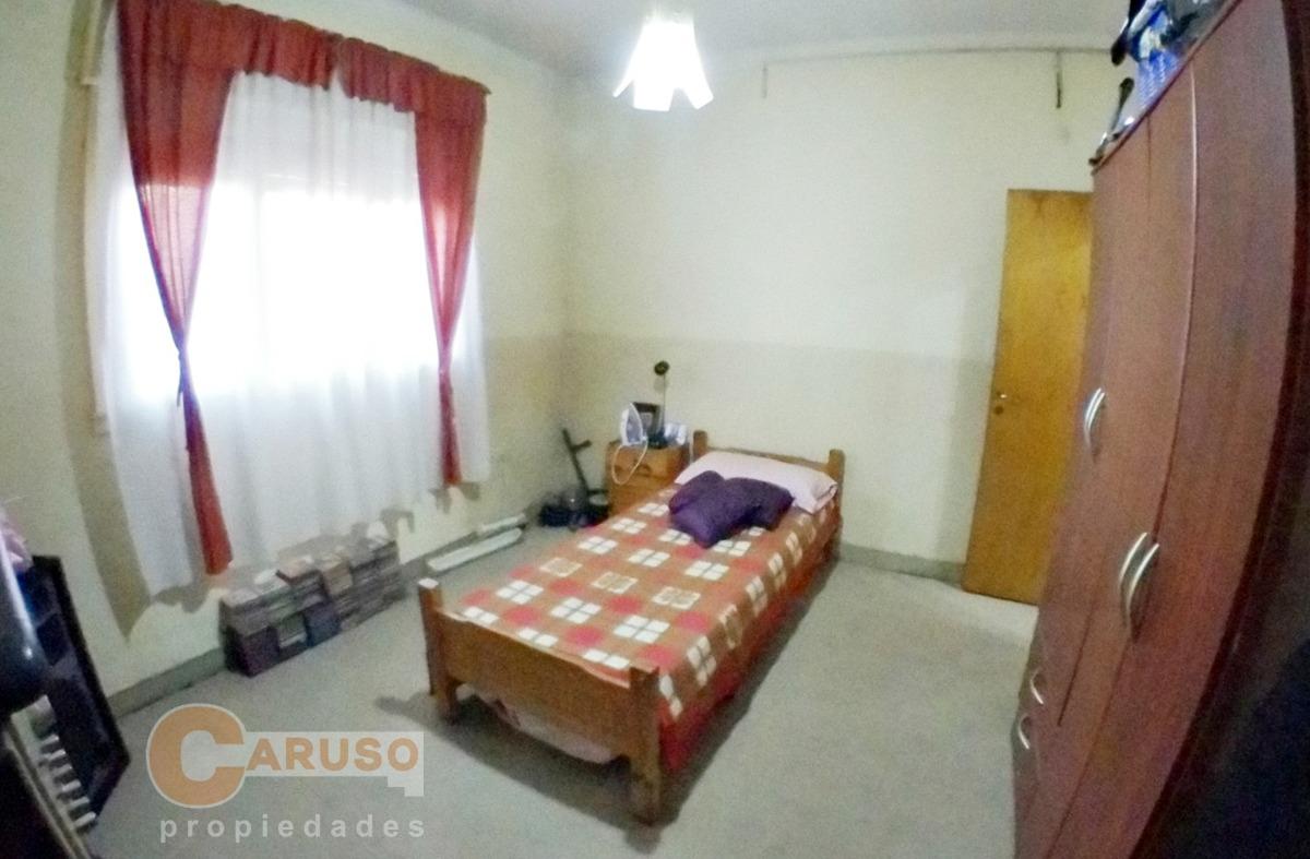 casa con 3 dormitorios en barrio arca